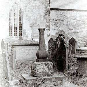 St Clydawg's Church cross in Cloddoch