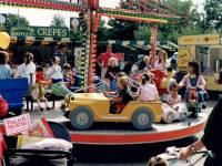 Merton Abbey Mills: Mini Carousel