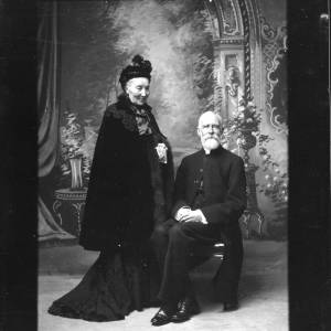 G36-054-09 Canon Palmer and his wife .jpg