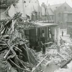 World War II damage in Chapter Row