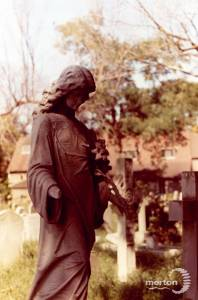 St. Mary's Parish Churchyard: Memorial statue