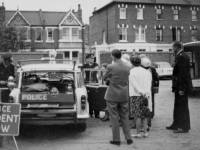 Wimbledon Police Station, Queens Road: Forecourt area