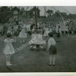 1960's Maypole Country Dancing In School Field (g)