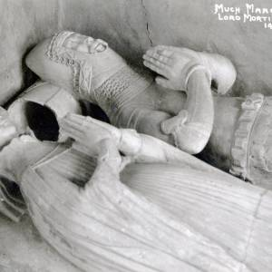 1001 Much Marcle - Church - Effigies - Lord & Lady Mortimer - C14th.jpg