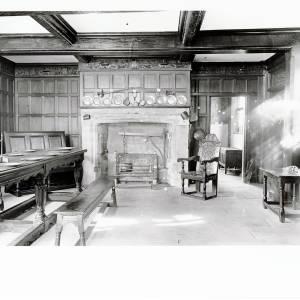 Li1480 Hereford High Town Old House - interior, ground floor.jpg