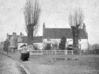 London Road, Mitcham: Old Houses near Pound Farm