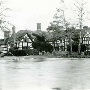 Stack House, Eardisland - Arrow in flood, 1932