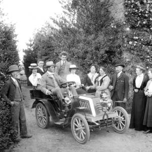 G36-546-02 Group of people and a Gladiator car [as G36-546-01].jpg