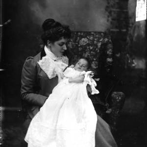 G36-547-06  Lady with baby in a long gown.jpg