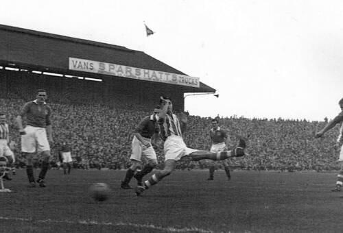 19491112 Stoke FRoggatt Reid