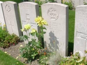 Gravestone of Private Walter Gilks