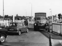 Eastfields level crossing, Mitcham