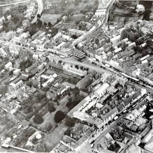 Li14063 Ledbury - Aerial view of town - 1929.jpg
