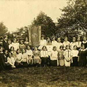 St Mark's Church, Grenoside Girls Friendly Society c1917