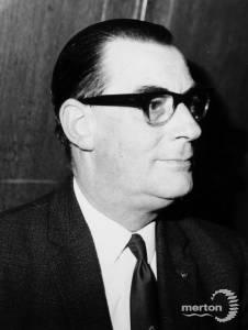 Councillor Ken Goddard, Chairman of Merton Show Ltd