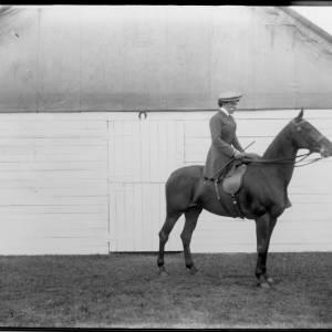 G36-052-05 Woman on horse.jpg