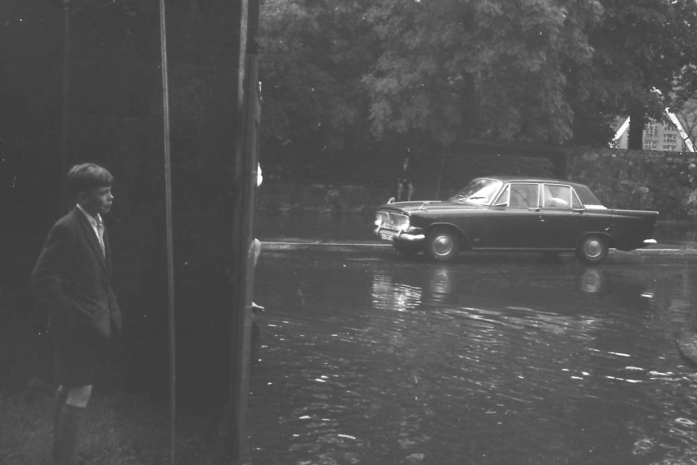 Flooding in Musselburgh (3) circa 1965 - sent in by Keith Brodie (1966)