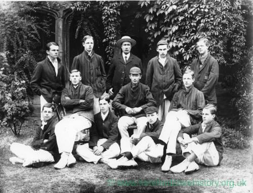 G36-045-02 Hereford Cathedral School cricket team with Dick Shepherd.jpg