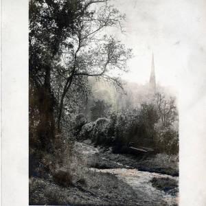 'October way to Ledbury town', view of Ledbury from Dog Hill, 1930
