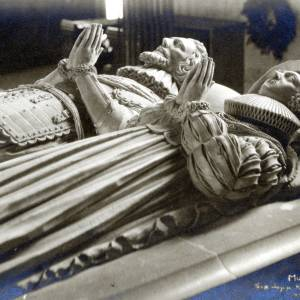 997 Much Marcle - Church - Effigies - Sir John & Lady Kyrle.jpg