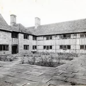 Brinsop Court, Herefordshire, rose garden