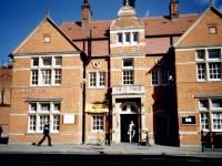 Wimbledon Library, exterior