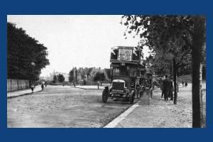 Parkside, Wimbledon Common: Bus and bus stop