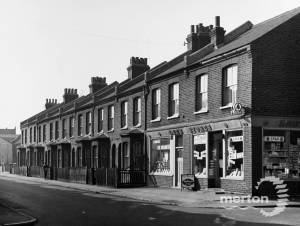 Pincott Road, Nos. 48 - 30: Lees Stores