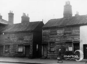 High St, Colliers Wood: Old Wooden Cottages