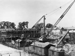 Pollards Hill Estate:  Construction