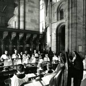 The choir performing at Hereford Cathedral