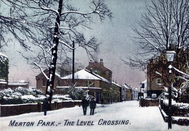 Kingston Road: Merton Park Level Crossing