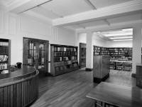 Mitcham Library: Reference section