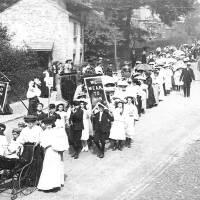 1908, Walking Day