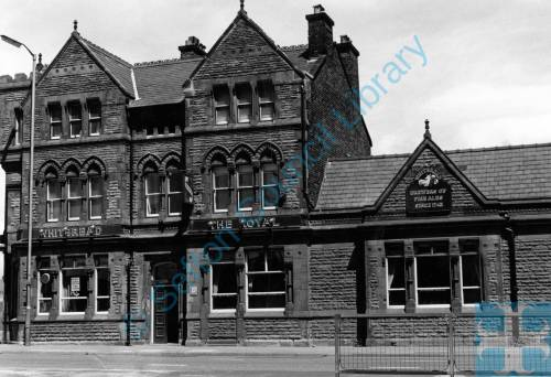 """The Royal"" public house, Crosby Road South, Seaforth, 1987"