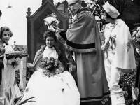Crowning of Mitcham's May Queen