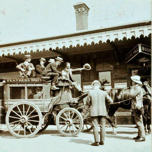 Falcons Touring Cricket Team arrival at Ledbury railway station, 1907
