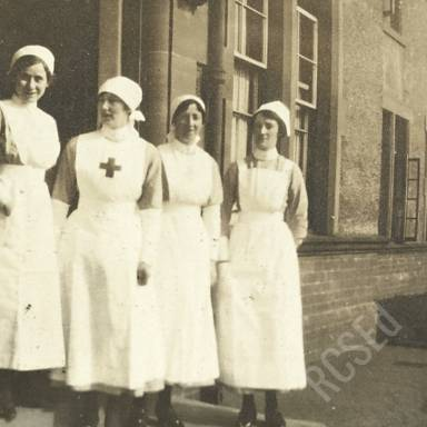 Nurses Semple, Rintoul, Campbell and Jolly in Hospital Grounds