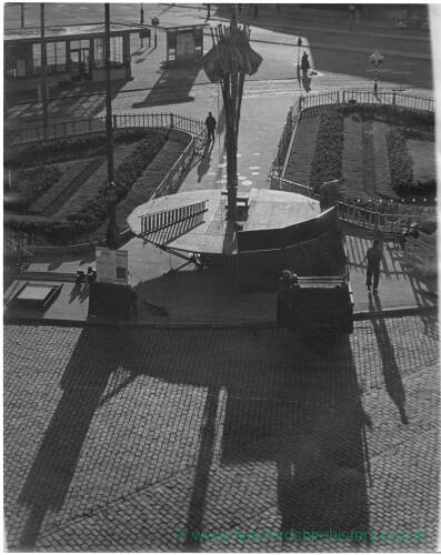 201 - Street Scene, taken from above
