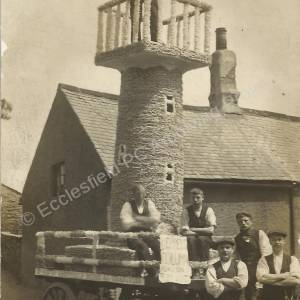 Ecclesfield Hospital Parade dray decorated as Keppel's Column