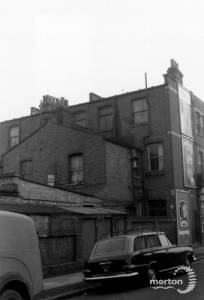 Merton High Street: 102-104: Rear view
