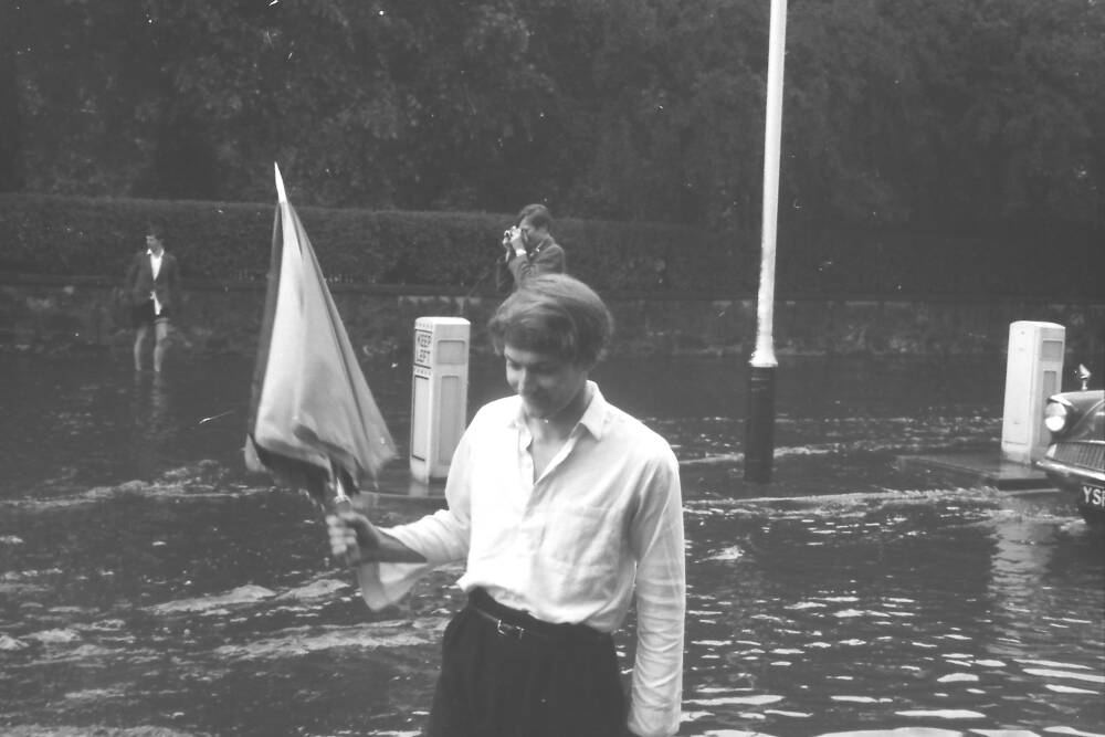 Flooding in Musselburgh (8) circa 1965 - sent in by Keith Brodie (1966)