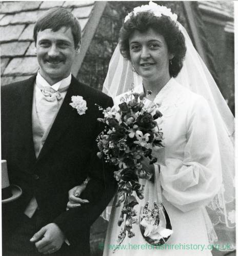 Miss Susan Lright and Mr Jim Pennatt, Wedding, Whitchurch Church, 9th April 1981