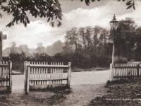 The White Gate, Morden