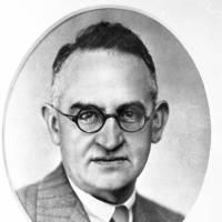 1945: Professor Andrew Robertson