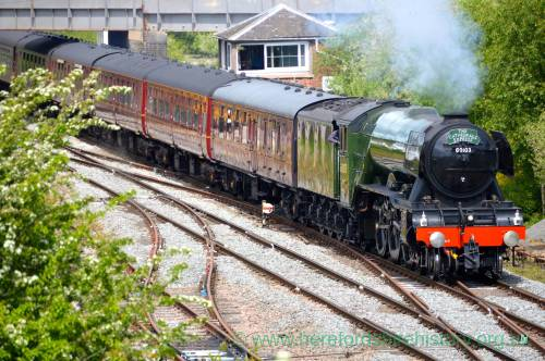AM02 Flying Scotsman from A44 A49 bridge, Leominster, 19th May 2017.jpg