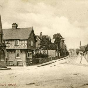 CJS045 Junction of Station Street and Cantilupe Road, Ross-on-Wye.jpg