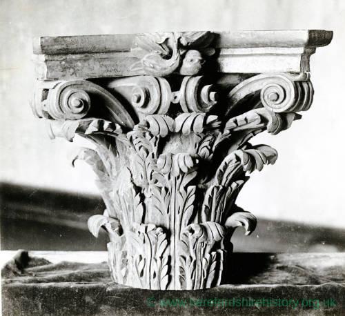 Wood carving, ornament capital