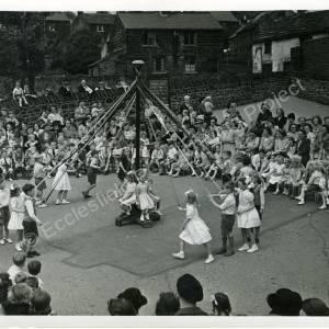 1950's May Queens (d)