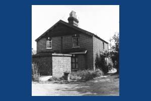 Blue House Cottages, Barnes Lane: No.2